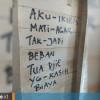 Lansia Tewas Diduga Gantung Diri, Tuliskan Keluh-Kesah di Dinding Rumah